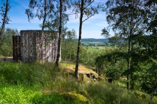 Hovdala vandringscentrum, ritat av arkitekt Karin Hvid Rydell,i Hässleholms kommun har nominerats till Skånes arkitekturpris.
