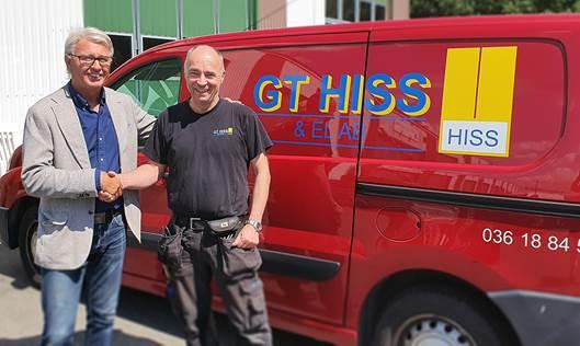 Göran Björkqvist, VD på ALT Hiss, och Göran Tropp, GT Hiss & El är nöjda med affären som de båda menar kommer gynna såväl medarbetare som kunder.