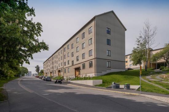 Stockholmshus på Bjusätragatan.