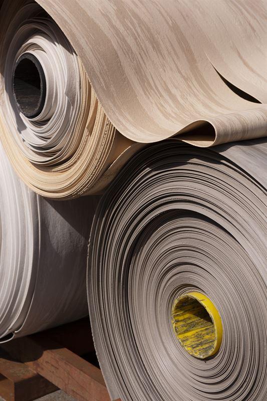 Tarketts återvinningssystem öppnar dörren till ett helt nytt förhållningssätt till plast där återvunnet material kommerkunna vara den huvudsakliga råvaran när nya golv produceras.