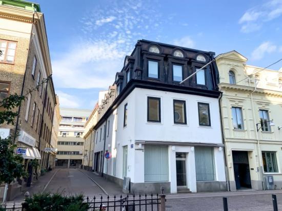 Stena Fastigheter har förvärvat en fastighet på Kyrkogatan 26 i centrala Göteborg. Fastigheten består av 596 kvadratmeter med plats för kontor och handel och siktet är inställt på att skapa en destination.