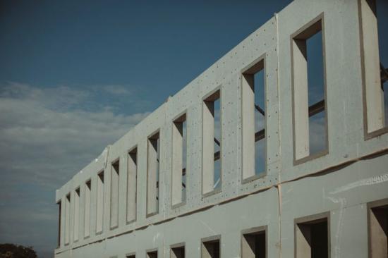 Dramatisk nedgång i byggandet av privata lokaler.