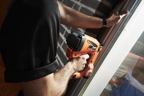 Paslode IM50 F18 är ett fulländat inomhusverktyg med optimerad vikt och balans så att man kan jobba hela dagen utan att bli trött.