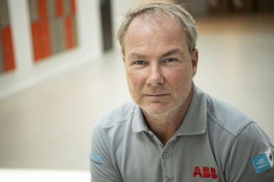 Anders Holmén, kundansvarig säljare på ABB Electrification i Sverige.