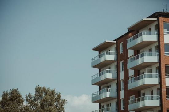 Mer än hälften av husbyggnadsinvesteringarna hamnar i storstadslänen.