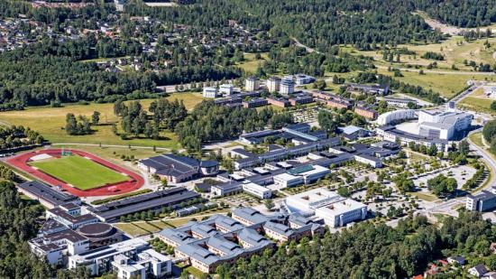 Flygbild över Campus Örebro.
