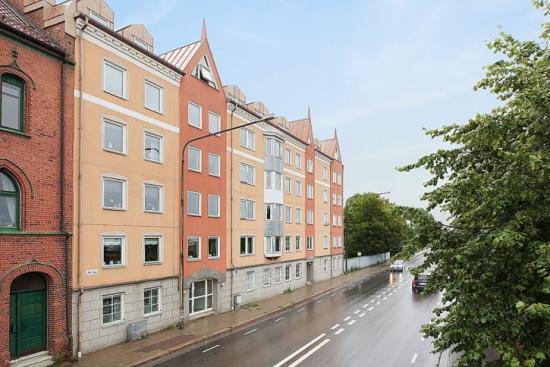 Fastigheten Svanen 11 är en av 13 fastigheter i Trelleborg där Heimstaden bytt från naturgas till biogas.