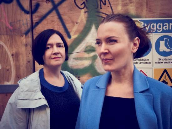 Nadine Aschenbach och Jelena Mijanovic, projektledare Återhus - att bygga hus av hus.