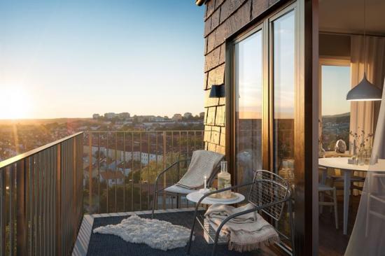 De tre huskropparna är högt belägna på en kulle, vilket kommer ge flera lägenheten en unik utsikt(bilden är en illustration)