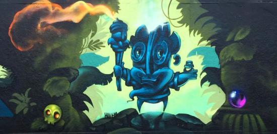 Målning av graffitikonstnärerna Kid kash & Rymd.