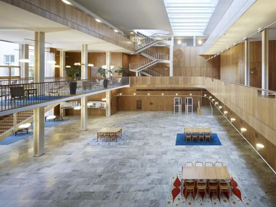 Den nyrestaurerade rådhushallen är ett centralt rum i Göteborgs rådhus.