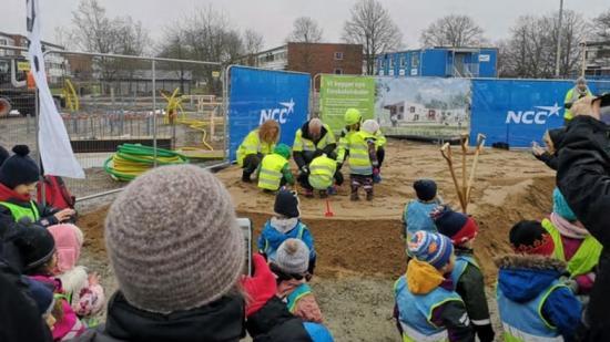 Spadtag för Drottninghögs nya förskola 2020.