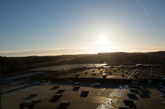 På livsmedelsanläggningen Lantmännen Cerealia i Järna ligger Derbigum SP4,en slät och UV-beständig takbeläggning.