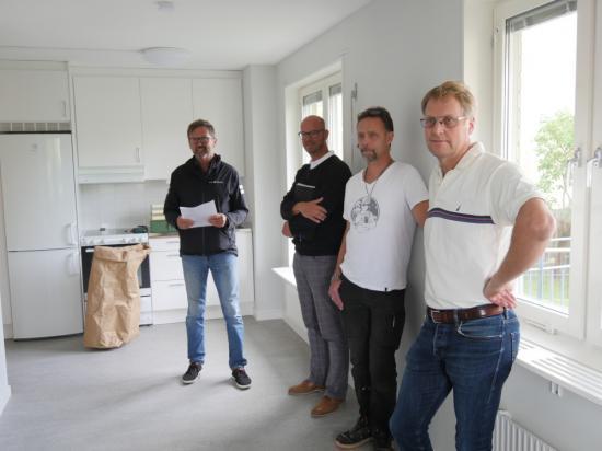 Jan-Erik Wallin, Vara Bostäder, Marcus Axelsson, Vara Bostäder, Jan Rocksén, JMK och Lars Gezelius, ordförande i Vara Bostäder.