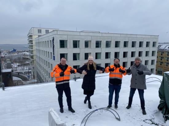 På SöDER gallerians tak, blivande bostäder: Andreas Granberg, Cassandra Jertshagen, Joakim Stenberg, Bo Jertshagen.