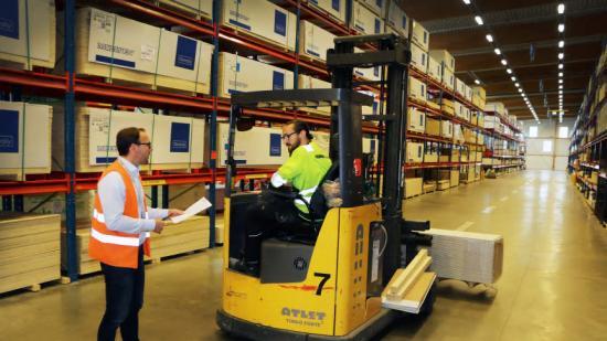 Försäljningen ökade medsju procent i byggmaterialhandeln under det tredje kvartalet 2020 jämfört med samma period 2019