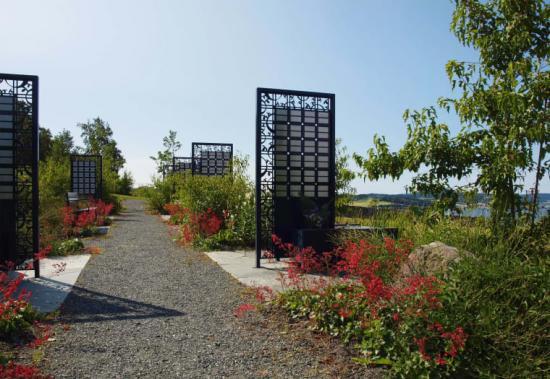 Memory minnestavla, design Løventanna Landskap.