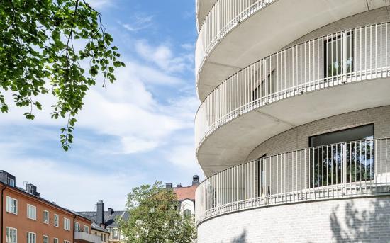 Byggherre ärStockholms Kooperativa Bostadsförening och arkitekt ärWingårdhs.