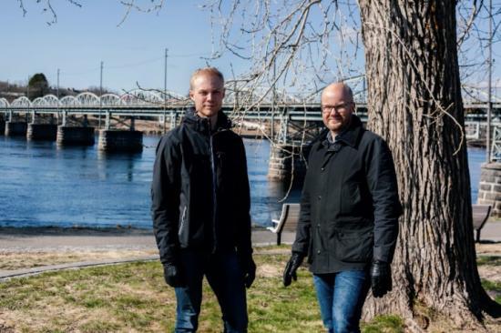 Arvid Lundström och Mikael Lundberg, vd för Structor Bygg Umeå AB.