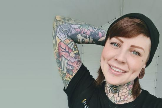Emmalena Andersson, plåtslagare och byggchef är utsedd till Årets byggkvinna 2021.
