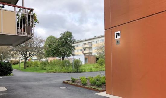 Familjebostäders nya hus i Grevegården är Svanenmärkta.