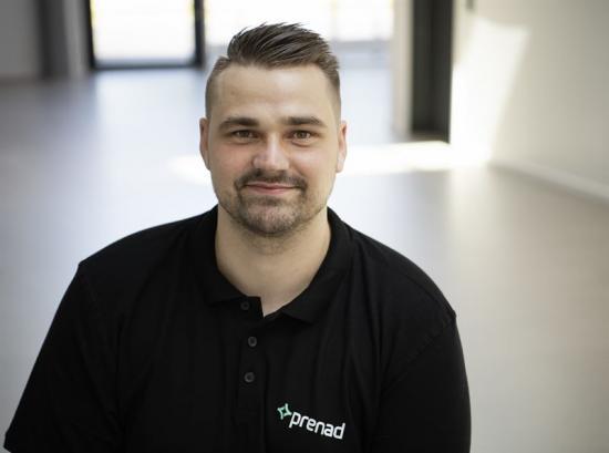 Daniel Bengtsson, från företaget Prenad i Halmstad som installerat systemet.