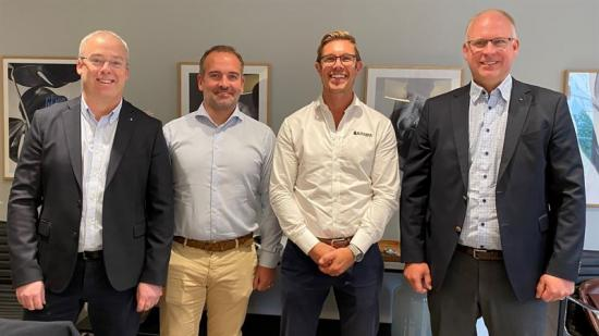 Från vänster: Daniel Klerdal, strategichef Assemblin El, Pierre Lindberg, tf Regionchef Stockholm Assemblin El, Björn Brovall, vd Säkra fastigheter, Fredrik Allthin, vd Assemblin El.