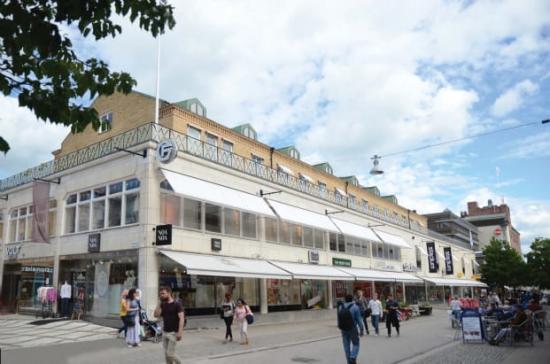 Forumgallerian ska få bostäder och fler utrymmen för kontor, butiker och restauranger.