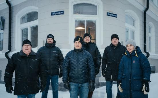 Fv Karl-Erik Perä, Magnus Näsvall, Mats Andersson, delägare Bothnia VVS; Berndt Hortlund, Sektionschef Norconsult; Greger Sandberg, delägare Bothnia VVS och Maria Åberg, marknadsansvarig norr Norconsult.