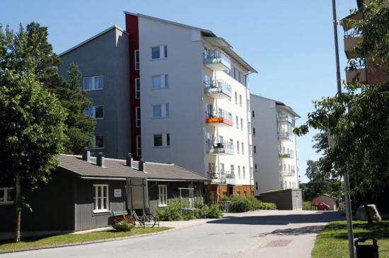 Väsbyhems första rökfria hus på Solbergsvägen.